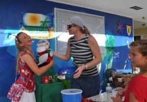 International-School-Christmas-Fair-18-e1449863322688