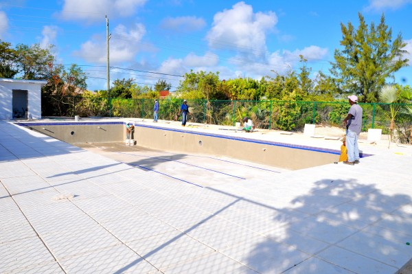 International-School-of-TCI-Swimming-Pool-21-e1460494015140